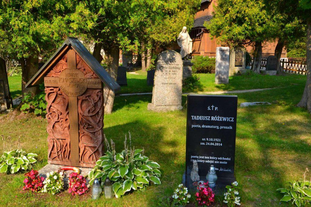 Karpacz - grób Tadeusza Różewicza