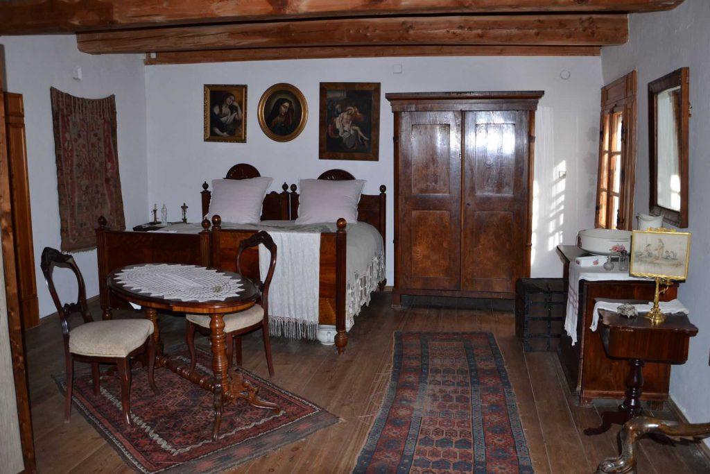 Muzeum Wsi Radomskiej - dworek z Pieczysk