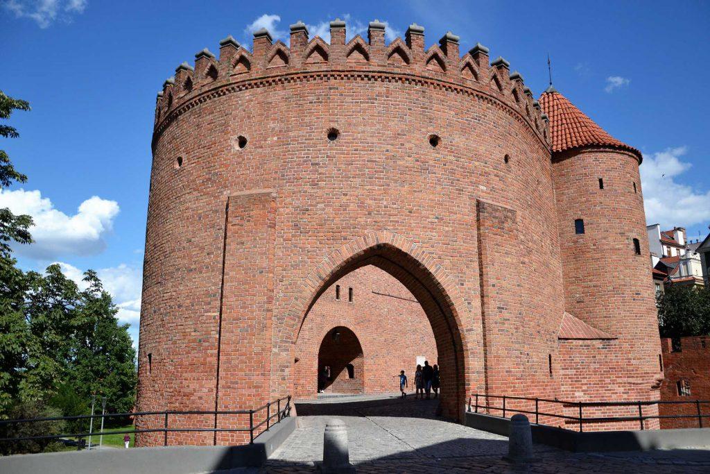 Stare Miasto w Warszawie - Barbakan